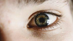 Bez očí by byl život těžší. Prozraďme si proto o nich pár faktů