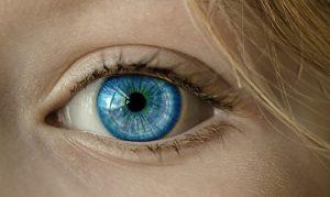 Kde se vzaly kontaktní čočky?